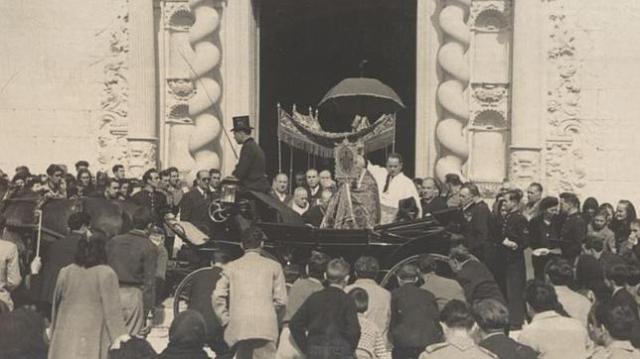 Veneración de la Santa Faz (1905)
